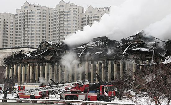 Причиной пожара в библиотеке ИНИОН могло стать короткое замыкание :: Общество :: РосБизнесКонсалтинг