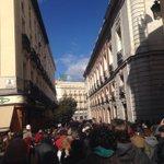 RT @olgarodriguezfr: Así estaban las calles adyacentes a Sol en #EsAhora31E mientras gente de @ahorapodemos hablaba desde el escenario http…