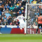 """@realmadrid: FOTO: Así remató @jamesdrodriguez su séptimo gol en esta Liga #RealMadridvsRSO #RMLive http://t.co/WsmfFdBEsZ"""