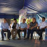 Ciudadanos de Altavista, Tonacatepeque, en acto de inauguración de Festival @BuenVivirES. http://t.co/egFycPmvCd