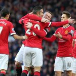 HT: United 3 Leicester 0. Fantastic half for the Reds after goals from van Persie, Falcao and a Morgan og. http://t.co/fhtDHkHl6O