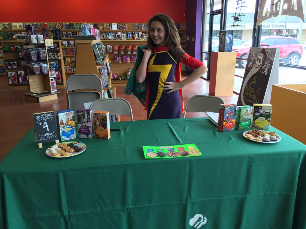 Ms Marvel is hanging out at Zeus today until 4pm and she's brought Girl Scout cookies! http://t.co/d23dVqOBMk