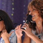 #BREAKING: Bobbi Kristina Brown, daughter of Whitney Houston, found unresponsive in tub. http://t.co/rVvKSSg85H http://t.co/pTkfyTtmty