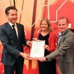 """""""Solide plan"""" aldus @emsent en minister @J_Dijsselbloem over het investeringsplan van @peterkerris. #PvdA http://t.co/dBn3mfh8Nm"""