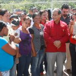 #SucreEnMarcha @ramolinap y @lacunasucre inauguraron Bases de Misiones Socialistas en SanAgustín #CumanáCumanacoa 2/2 http://t.co/GXwQ0q6atK