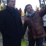 Amb lalcalde de Vilobí del Penedès en la inauguració dels accessos al Parc dels Talls. #viurealpoble http://t.co/dtFSkXsENK
