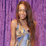 """""""@cnnbrk: Bobbi Kristina Brown, Whitney Houston's daughter, found unresponsive in bathtub. http://t.co/y2Er0X8r6r"""" this pic is TRIFLING."""