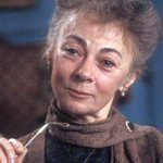 Very sad to hear of the death of actress Geraldine McEwan, aged 82. Seen here as Miss Farnaby in sitcom Mulberry. http://t.co/SviN6j54eR