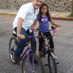 En recorrido por la col. 10 de Abril #Cuernavaca saludando a simpatizantes, vecinos y amigos que quieren a Cuernavaca http://t.co/xSQa4sb91A