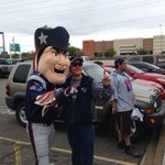 Pat Patriot arrives at rally in Phoenix. http://t.co/Kll3Vf4BVb