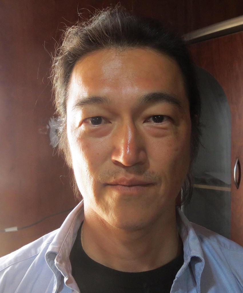 #iamkenji. The image of #KenjiGoto we should remember. http://t.co/S7SOdxqOmj