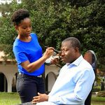 """LOL """"@Mayourspeaks: Oga ooo: Naija hot, Bombing for North.. Dollar done rise.. Yet GEJ get time to do heavy Make up. http://t.co/jblI4ttmUX"""""""