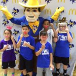 KIDS DAY at Burton! @jasonsdeli, face paint, photo booth, & court time! #GeauxPokes http://t.co/IdCPlR7EEy