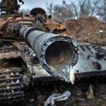 Под Углегорском ищут «пропавшее» танковое подразделение России http://t.co/cgv4IIoYFf http://t.co/CFPlxr0VGA