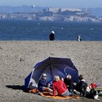 This is the first-ever rainless January in #SF history : http://t.co/0xwOW2HiZy http://t.co/RLDeIsLQAf