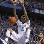 Big dunk by WCS. Kentucky rolling, 55-40 over Alabama. #bbn http://t.co/HFCeG8ok8b