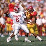 Former #USC linebacker Junior Seau was elected to the NFL Hall of Fame http://t.co/TJpcMcGhZe