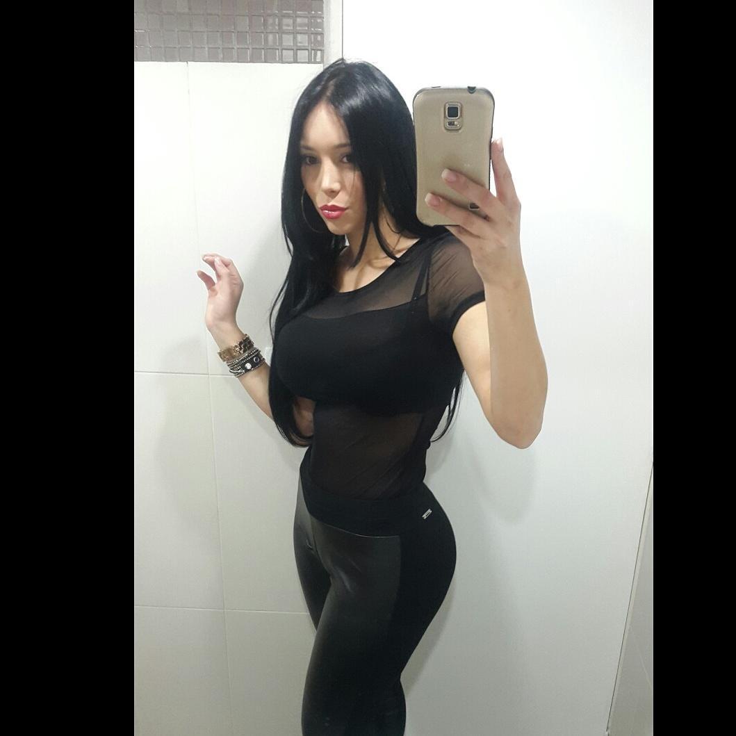 Buena noches mía amores de regreso besos sigan si instagram carolinapetkoff http://t.co/4KP7nneD2G