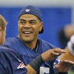 Former #Patriots linebacker Junior Seau voted into Hall of Fame http://t.co/iUQxnBiDuK http://t.co/vSXHJabNA1