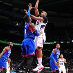 19 straight! Atlanta holds on to beat the Sixers, 91-85. Al Horford leads way for red-hot Hawks with 23 Pts, 11 Reb. http://t.co/9JRf2vnLEx