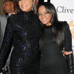 #BREAKING: Whitney Houston's daughter Bobbi Kristina Brown put in medically-induced coma http://t.co/QloDeF934z http://t.co/fgSU6BdlPG
