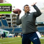 What music gets the Seahawks going on gameday? #SB49 Pregame Playlist: [http://t.co/kEXeQNpwwi] http://t.co/sxDqY4o81W