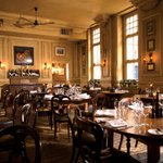 RT to win a delicious 4 course meal @HdV_Birmingham for #ValentinesDay http://t.co/RDdIqXheTn http://t.co/k860qwby5c