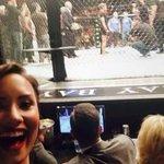 cadê o pau de selfie mulher? http://t.co/lJjI8KPOCp