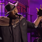 "Watch DAngelo perform ""Really Love"" on SNL. http://t.co/qCaiMGitqc http://t.co/atnHWl1npe"