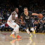 Warriors golden! Stephen Curry cashes in 25 Pts & 7 Ast as Warriors beat Suns, 106-87. GSW ends its 2-game slide. http://t.co/9nfASjkEy4