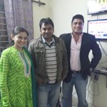 Bollywood actor Ayub khan and Balika Bahu fame actress Smita Bansal joins AAP to campaighn in Delhi for AAP. http://t.co/eraKPSUEUY