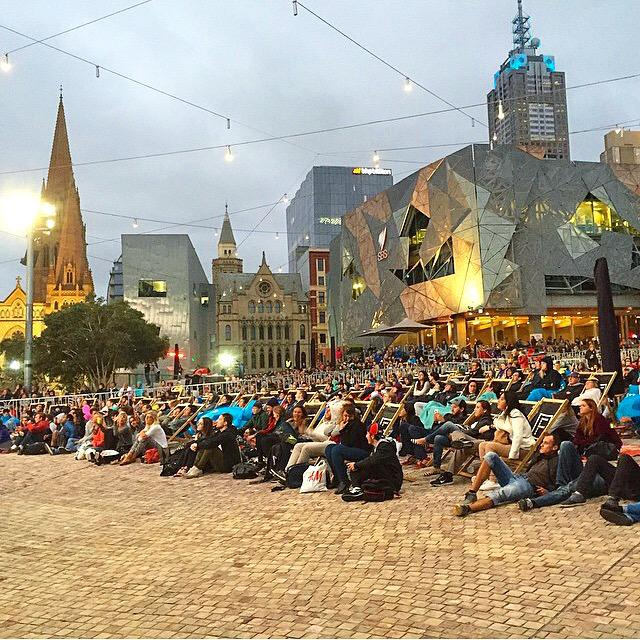 Great crowd catching the Australian Open tennis action in #fedsquare tonight