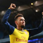 Good news: Francis Coquelin has agreed a new 4 year contract keeping him at Arsenal until 2019 [Mirror] #AFC http://t.co/5TJY2GcE4C