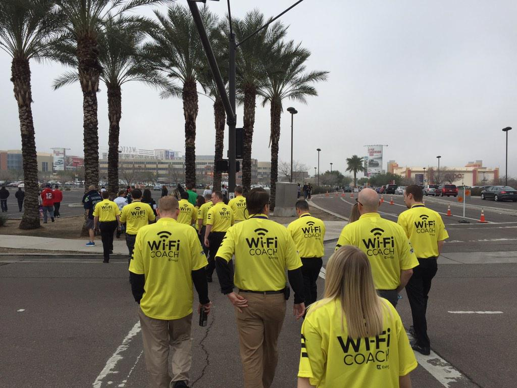 Sea of #SBWiFiCoach's heading to #SB49 @ExtremeNetworks @ValaAfshar http://t.co/sehh44KnxN