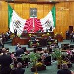 Siendo las 12:53 termina Sesión Solemne de apertura del Segundo Período de sesiones del #TercerAño. @MorelosCongreso http://t.co/rYVS1ViknI