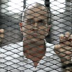 Journalist Peter Greste seen at airport in Egypt boarding plane for Australia, says BBC Arabic http://t.co/DQltfMUY6T http://t.co/b34o84vCmD