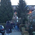 "Zeer grote brand in flatgebouw #Moddermanstraat Rotterdam ""@r0eland: Vuurzee in appartementen flat Moddermanstraat http://t.co/fEc5aOto1B"""