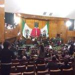 Llega @gracoramirez a sesión solemne del @MorelosCongreso. Aprovechará para dirigir mensaje por segundo informe http://t.co/R21cXwL6er