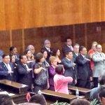 Estamos reunidos los miembros del gabinete en @MorelosCongreso, respetuosos de opiniones plurales #2informeMorelos http://t.co/ADAdCMslsY