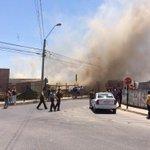 Incendio en Villa Alemana (los celedon) bomberos en el lugar @sitiodelsuceso @hwittigb @ucvradio @algazmuri @biobio http://t.co/dmoUpJuls2