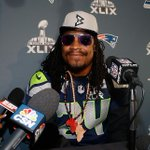 """Marshawn Lynch quotes from this week: """"Im here so I wont get fined"""" """"You know why Im here"""" """"Shoutout my teammates"""" http://t.co/NSqmxe70MC"""