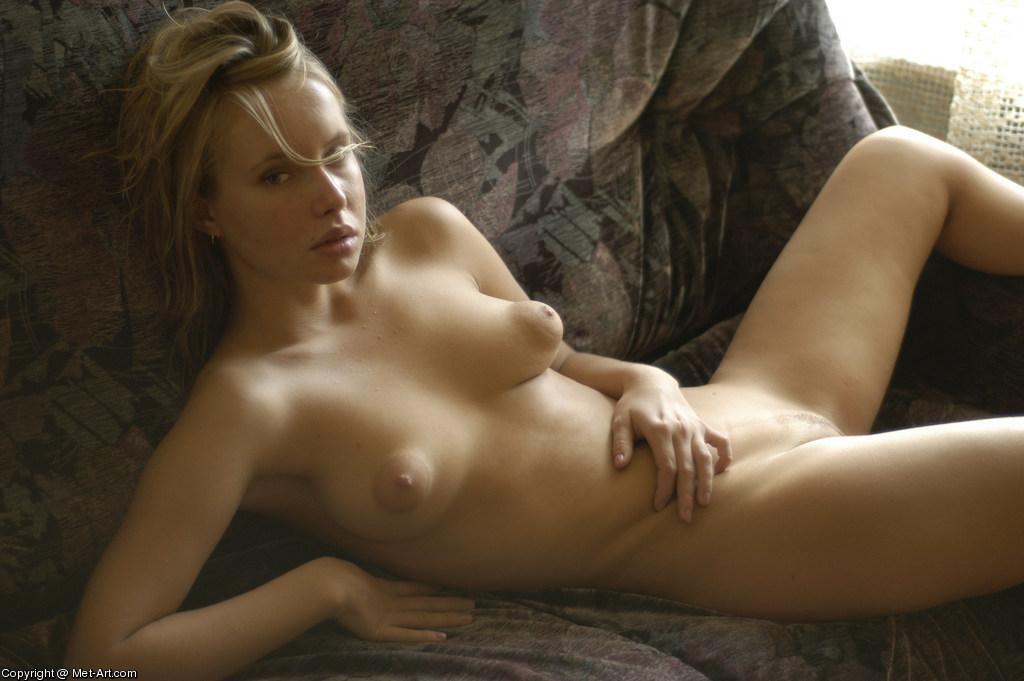 фото девушек голых с большими сосками