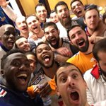 CHAMPIONS DU MONDE !!! #qatar2015 #bleuetfier #untrucdefou http://t.co/K33xaweVIc