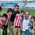 Apenas son los primeros minutos del partido entre Atlético Cuernavaca y Tigres de Oaxaca y la afición se desborda http://t.co/nffPKUfimG