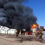AHORA   Bomberos evacúan frigorífico en Rancagua por incendio → http://t.co/eE04UpH0Qh http://t.co/ljaQbGun85