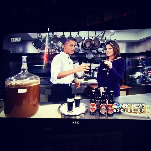 Just caught @BarackObama on @nbcnews drinking @whitehouse #homebrew #beer #potus http://t.co/y8kGxLQvEt http://t.co/6d8HXl5mme