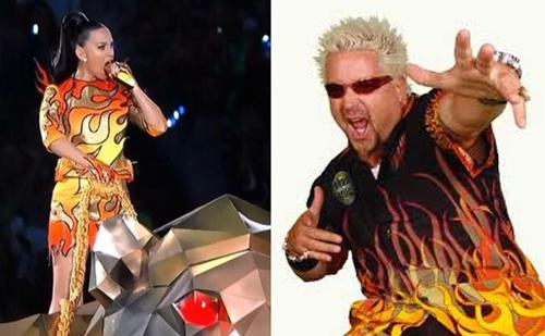 Who wore it better? #SB49 http://t.co/jzY05d4xLB
