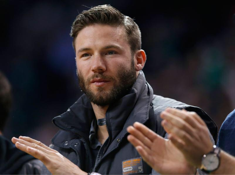 May I direct your attention to this picture of Patriots #11, Julian Edelman #woof #woof #woof --> http://t.co/tb9LFsoqiX