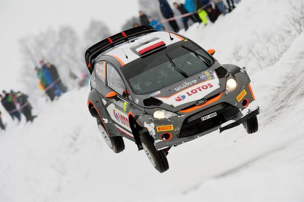 Robert #Kubica & Maciej Szczpaniak ... #BigJump #RSWRC @FordFiesta @RallySweden @OfficialWRC (Massimo Bettiol/Getty) http://t.co/vkPN7j6pbF