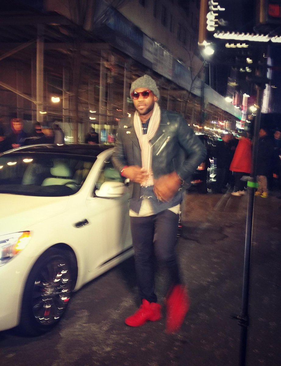 Stylish Arrival By Kingjames In His Kia For The Samsungmobileus Nba All Star All Style